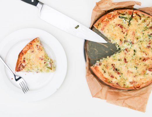 quiche lorraine met spek, prei en kaas